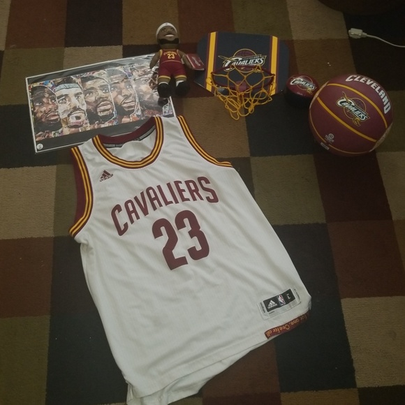 dfb6633e71437 adidas Other - Lebron James Cleveland Cavaliers set